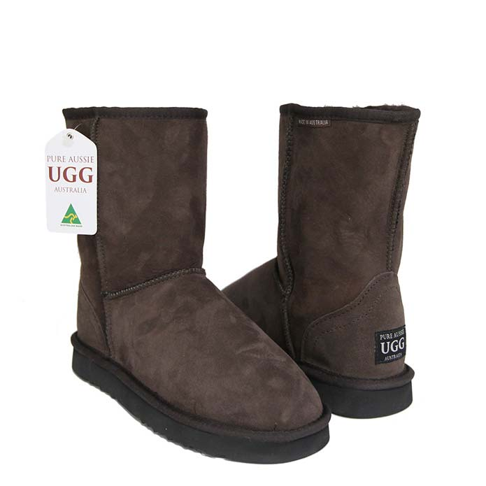 Classic Short Ugg Boots - Chocolate
