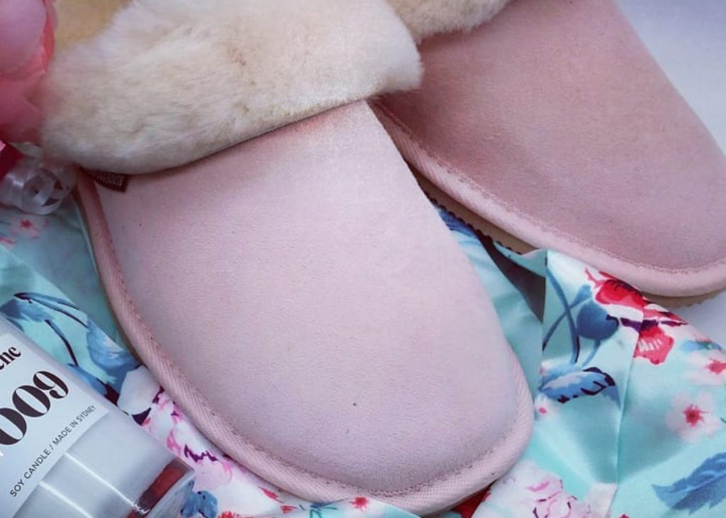 how to clean ugg slippers
